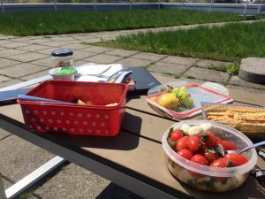 Picknick auf der Microsoft-Dachterrasse. Bild: Magdalena Rogl