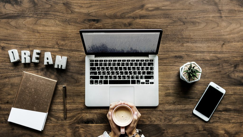 Ein Traum? Bloggen als Business. Bild: rawpixel/pixabay.com